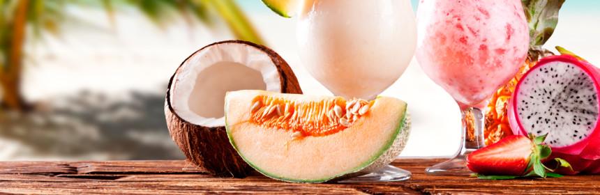 fruits-tropical-fresh-drink-sea-cocktail-palm-1739643-5616x37442